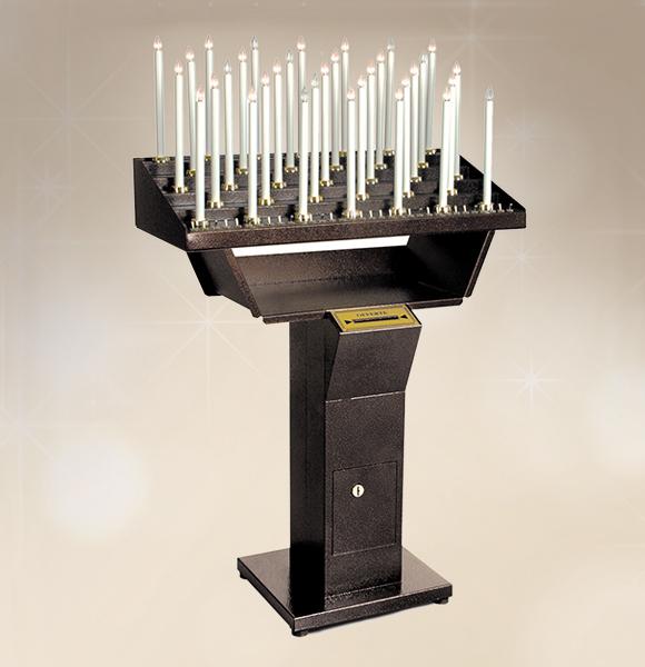Votivo Arredi Sacri: Candeliere con interruttori per Chiesa