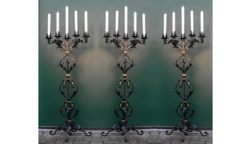 16 - Votivo Arredi Sacri: Candeliere gestuale per Chiese