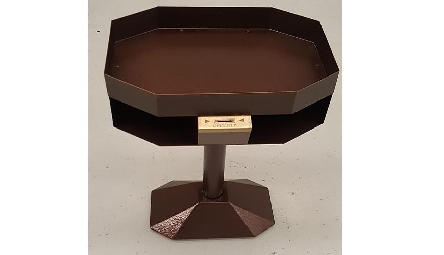 4 - Votivo Arredi Sacri: Portacandele a forma ottagonale con predisposizione vassoio porta sabbia per immersione candele di cera